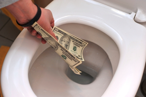 How to Address and Repair Leaky Toilets